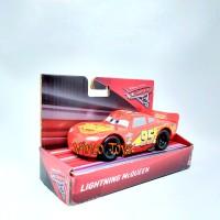LIGHTING mcQUEEN merah - Mobil balap Cars 3 Disney Pixar merk Mattel
