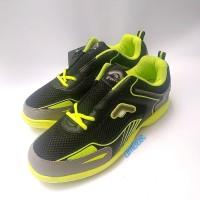 Sepatu badminton fans seri osaka