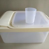 rice box / kotak simpan beras 10 KG merek asvita