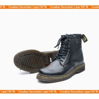 Sepatu Boot Pria Boots Casual Kulit Asli Docmart Legend 8 hole 1080 - Hitam, 40