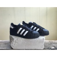 Sepatu Pria adidas Originals Superstar Foundation Black/White Original