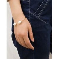 Bangle Shaped Pearl Open Bracelet