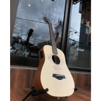 Taylor Baby Taylor-e Acoustic taylor swift signature