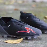 Sepatu Bola Specs Swervo Galatica FG Black Grey
