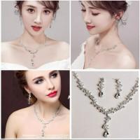 Perhiasan set pesta kalung dan anting JS35