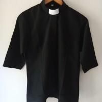 Baju Pendeta perempuan
