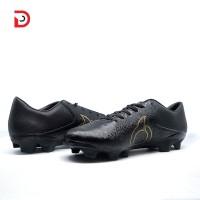 Sepatu Bola Ortuseight BLITZ FG (BLACK GOLD)