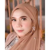 aksesoris hijab - anting hijab bunga hemi putih