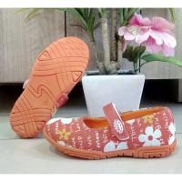 sepatu slip on anak perempuan flat shoes ukuran 26-30 Kipper Tipe Vina