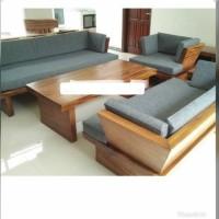 sofa minimalis 321 + meja + bantalan, kayu trembesi