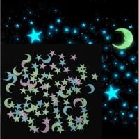 GIT02 isi 100 pcs Stiker Dinding Glow In The Dark Bulan Bintang