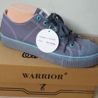 sepatu warrior artikel classic lc abu hijau