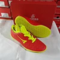 sepatu Futsal merk Ardiles merah/hijau fsdg-ximenez FL-B