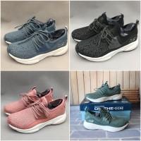 Skechers / Sepatu Skechers Wanita / Skechers Meridian / Sepatu Running