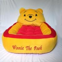 Matras / Kasur bayi karakter boneka Winnie the pooh motif polkadot