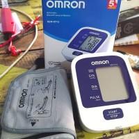 Dijual Alat Cek Kesehatan Tekanan darah OMRON HEM-8712 Digital