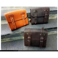 Tas Samping atau Side Bag motor dengan bahan vaux leather