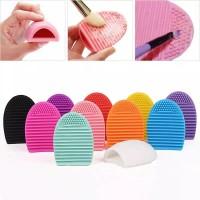 Make Up Brush Brush Egg pad / Pembersih kuas