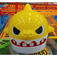 Pinkfong Baby shark Teeth Game toy with song for kids Roulette games