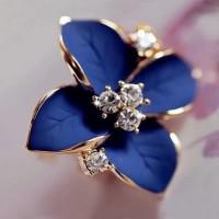Anting Rhinestone Blue Flower Gold Stud Earring - Hitam