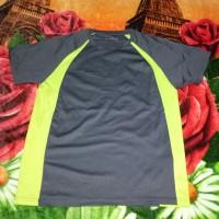 kaos baju fitnes tenis gu sports uniqlo olahraga joging lari originals