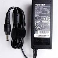 charger laptop TOSHIBA Satelite L745 L645 L635 L630