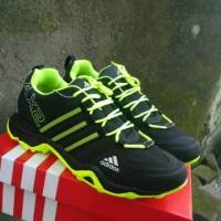 sepatu adidas ax2 hitam hijau