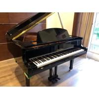 Baby Grand Piano PEARL RIVER Type P8 Ebony / Piano Akustik Baby Grand