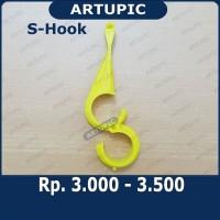 S-Hook Shook S-Hanger Shanger gantungan pipa nipple Artupic