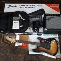 Squier Affinity Series HSS strat Guitar Pack & Frontman 15G