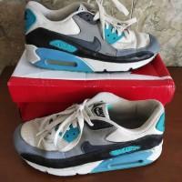 Sepatu Nike Air Max 90 Essential White x Blue
