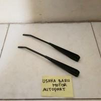 Gagang Stang Wiper Arm Depan Set Daihatsu Taft F50 Kebo / Badak