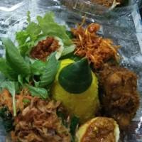Nasi Tumpeng Kuning Mini 5 Lauk ⠀