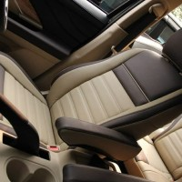 Sarung Jok Mobil TOYOTA INNOVA Bahan MYO LEATHER Otomotifku Terbaik
