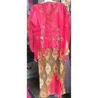 Baju adat sunda perempuan tanggung 910 tahun