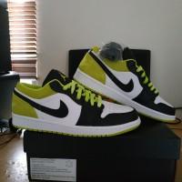Nike Air Jordan 1 Low SE Black Cyber Green Hijau Sepatu