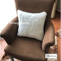 Sarung Bantal Bulu / Sarung Sofa / Sarung Kursi Tamu ( Putih )
