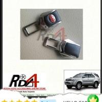Mobil Colokan Seatbelt Seat Belt Safety Logo Toyota Kulit Fortuner Lam