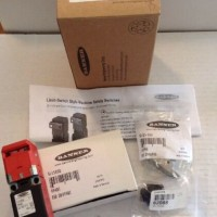 Banner Limit Switch Style Machine Safety Switch 58748 SI-LS83MRVD Orig