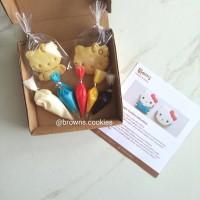 Character Cookies DIY Decorating Kit / Kue Kering Hias Hello Kitty