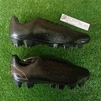 Ortuseight Blizzard FG (Sepatu Bola) - Black/Ortrange
