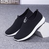 Techdoo Sepatu Pria Slip on Pria Sepatu Fashion Running Shoes MC601