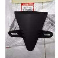 64305-K81-N00ZA Cover Front Top Panel Tameng Dasi Dudukan Plat Nomor
