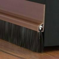 Door seal penutup celah bawah pintu warna coklat bahan aluminium