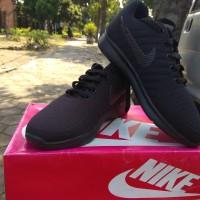 Sepatu Sekolah Nike Hitam Polos - 36