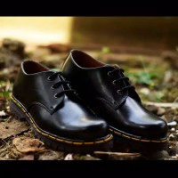 Sepatu Boots Pria Docmart 3 Hole Big Size 43-45 Doctor Martens Casual