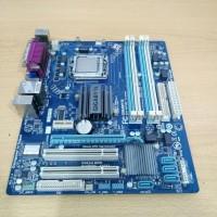 Terlaris ! Motherboad Gigabyte GA-G41M-Combo LGA 775 DDR2 DDR3 Diskon