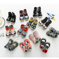 Skidder Shoes Premium Platinum/Sepatu Skidders / Kaos Kaki Sepatu Bayi