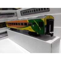 Miniatur Kereta Api Indonesia - Gerbong Ekonomi Go Green Limited
