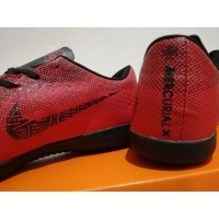 Sepatu Futsal Nike Mercurial Vapor XII Elite CR7 Stunning Red Black
